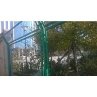 天津市现货边框护栏网批发,天津厂区围墙护栏网,天津学校护栏网,天津可定做Q235异形护栏网,