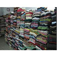 浦东服装衣帽回收上海工厂库存服装回收上海清仓大处理服装衬衫回收羽绒服回收