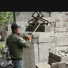 水泥砖遥控码砖机