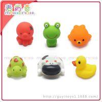麦肯奇环保搪胶公仔原单玩具 婴幼儿浮水洗澡喷水搪胶小动物