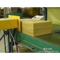 岩棉复合板在20世纪30年代就已投入工业化生产