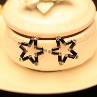 淘代销来自星星的你耳钉 玻璃韩国时尚饰品 满钻五角星黑白配耳饰