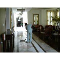 黄庄东莞庄办公室装修后简单清洁怎么收费/新房木地板铺后精细打扫卫生