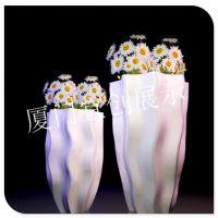 重庆万达商场玻璃钢花缸道具陈列制作厂家 开业庆典婚庆场所玻璃钢花缸气氛装饰道具陈列