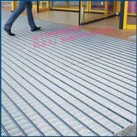 江苏销售喷漆加密格栅,网格走道板,钢格栅板网