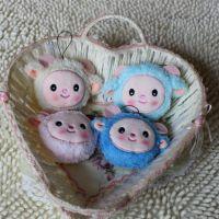 批发可爱创意卡通小羊动物水果公仔布娃娃挂件 毛绒玩具 生日