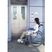 残疾人升降机四川冠汇机械按客户的需求设计更安全,方便,美观的升降电梯