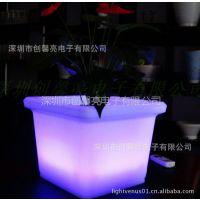 供应PE滚塑花桶 PE无印刷花筒 PE纯色花盆桶 PE led花盆灯