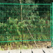园林绿化铁丝网围栏湖北龙泰百川护栏网生产厂家