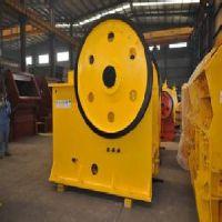 山东颚式破碎机生产厂家 高效节能锤式破碎机厂家