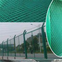 菱形钢板网@喷绿漆菱形钢板网@喷绿漆菱形护栏钢板网
