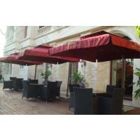 南京户外咖啡厅太阳伞搭配休闲桌椅,编藤桌椅,实木桌椅