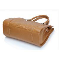 供应定型女包厂家 时尚女包工厂 单肩斜跨手提包包 外贸出口原单包