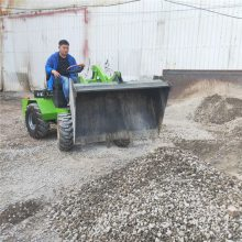 中首重工电瓶小铲车卸载高度1.7米1.5千瓦节能环保无噪音价格