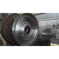 东兴矿山机械加工厂(在线咨询) 破碎机配件 破碎机配件偏心轴