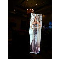 深圳XP25智能镜子屏国外Alice下单100台,超轻超薄时尚的海报屏