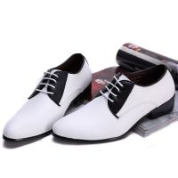 春季新款尖头皮鞋男韩版时尚潮流休闲正装英伦男士一件代发2216