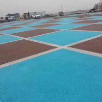 新疆压模-透水-植草地坪-假山—施工