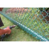 学校体育场铁网@晟卿衡水学校体育场专用绿色围网铁网厂家