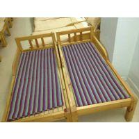 简易实木小床定做,幼儿园单人床批发,带护栏 ,大林宝宝