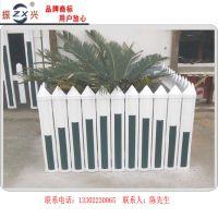 广州PVC草坪护栏 园林绿化用塑钢栅栏 道路绿化用护栏厂家直销