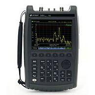 Agilent N9913A FieldFox 手持式射频组合分析仪 4 GHz