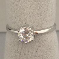S925纯银高端定制渡白金首饰克拉钻石女戒指方形镶钻奢华钻戒
