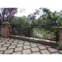 围墙栏杆、阳台栏杆,护窗栏杆,铁艺栏杆,铁艺大门等产品