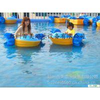 水上乐园里玩的单人水上手摇船,那中手摇的小船多少钱?