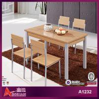 快餐店桌椅木质桌子方形餐厅桌子简约 一桌四椅组合工厂定制