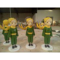 供应玻璃钢卡通人物小王子雕塑造型图片