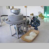 玉米面面粉石磨机 信达机械自产电动石磨