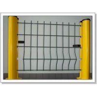 (建筑施工单位注意啦)四川攀枝花卓通1*2米的优质低碳钢丝临时护栏网可以在网上订货啦!
