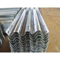 公路波形护栏_公路护栏板厂家_两波高速公路波形护栏规格