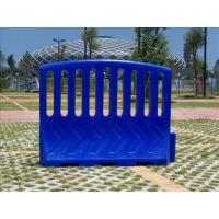 塑料围栏、塑料隔离栏、道路施工围档、注水围栏、注水塑料围挡、市政工程水马、安全防护围栏水马