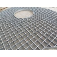 河北安平丝网专注生产发电厂专用热镀锌平台格栅防滑楼梯脚踏板规格齐全