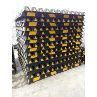 黑黄车轮定位器 反光标线定位器 橡胶倒车垫 车轮挡 塑胶定位器