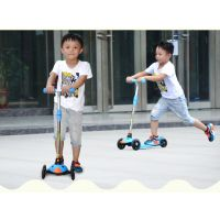 供应广东迪考斯体育用品批发直销的小黄鸭滑板车-XF-4系列儿童滑板车