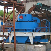 山东河沙破碎机设备一套多少钱?山东鹅卵石制沙机械哪家好?