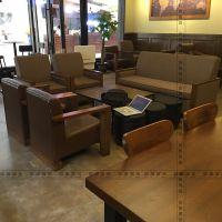 休闲书店桌椅家具定制书店实木桌椅定做
