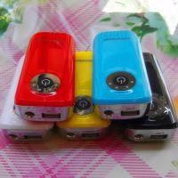 厂家批发 鱼嘴一代 5200毫安移动电源 三星苹果通用型手机充电宝