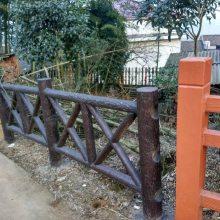 四川驰升批量供应水泥仿树皮栏杆 仿木仿石护栏