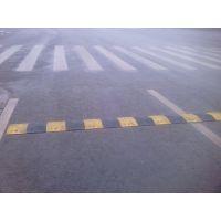 西安明通交通设施 减速带出售18629004099