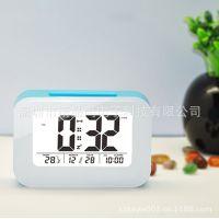 厂家直销多功能数字电子钟表/LED/LCD聪明钟/贪睡闹钟 使用方便