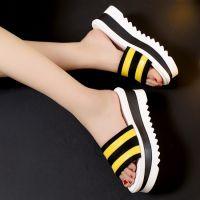 夏季新款松糕女凉拖鞋粗跟鱼嘴真皮女凉鞋条纹拼色彩色时尚拖鞋