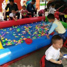 炎炎夏日儿童最爱的水上游乐设备-充气水池,摸鱼池,小型钓鱼池厂家直销