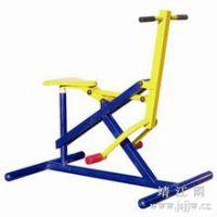 广西名扬健身器材骑马机贵港体育中心安装。