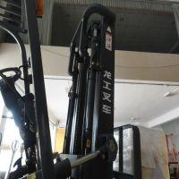 龙工电动叉车3吨平衡重式电瓶四轮座式叉车升降叉车