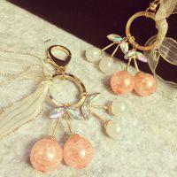 韩版时尚樱桃水晶挂包链子女汽车家门钥匙扣 钥匙环 挂包链礼物