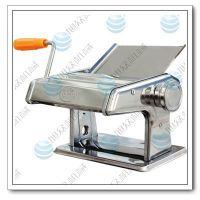 小型手摇压面面条机,家用手摇压面面条机,太原创旭厂家直销。